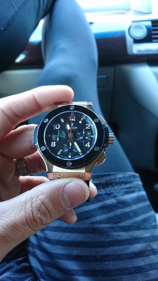 HUBLOT腕時計