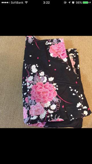 黒 ピンク 花柄 浴衣