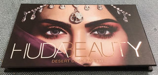 セールhuda beauty desert duskパレット