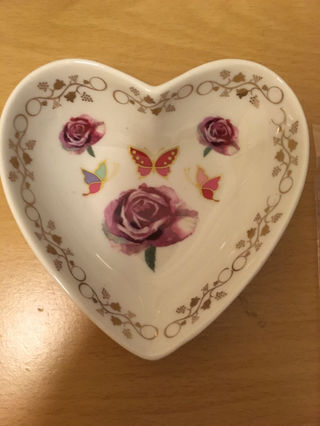 【バレンタイン】ハート型の小皿