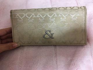 アンドの長財布