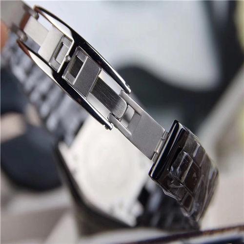 人気カップル腕時計 シャネルJ12 クオーツ