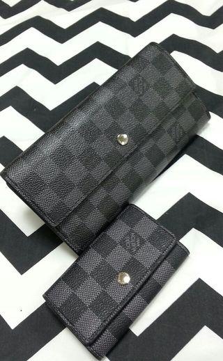 二つ折り長財布とキーケースのセット