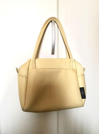 SAZABYのバッグ