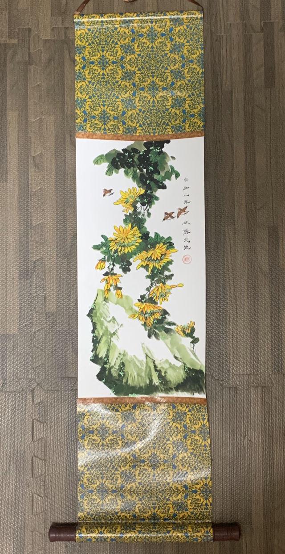 雨上がりの秋菊 水墨、ほかの絵具 掛け軸