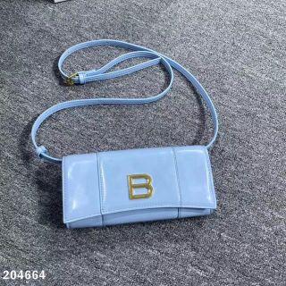 人気爆品新品国内発送ハンドバッグ