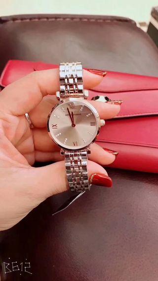 人気新品 Armani ウォッチ シャレな腕時計