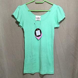新品  タグ付きindio  Tシャツ ターコイズカラー