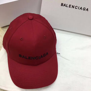 Balenciaga ニット帽子 国内発送