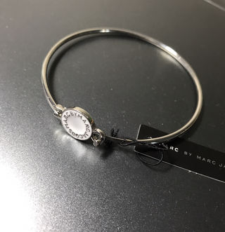 MARC BY MARC JACOBS バングル