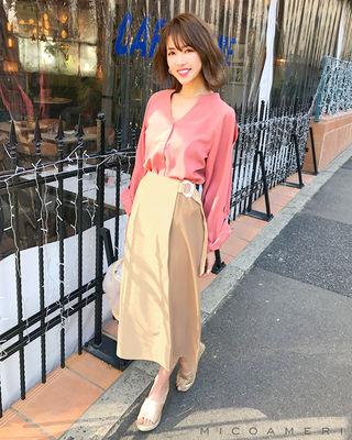 ミコアメリレザースカート