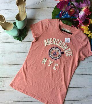 新品!タグつき!abercrombie&fitchTシャツ