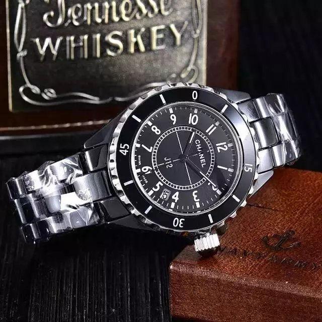 J12 クオーツ腕時計セラミック黒 レディース