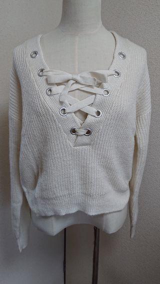 H&Mクリームホワイト色胸あきざっくりセーターニット