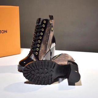 国内発送louis vuitton人気新品ブーツ