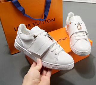 LouisVuittonスニーカー人気
