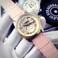 定番人気の自動巻き腕時計 4色有り