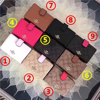 COACH 人気美品 2つ折短財布 可愛い美品 色可選