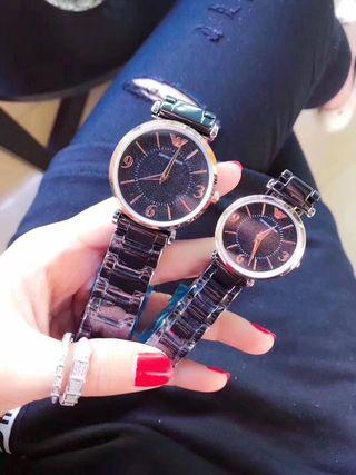 新品大人気 Armani クォーツ 腕時計 送料無料