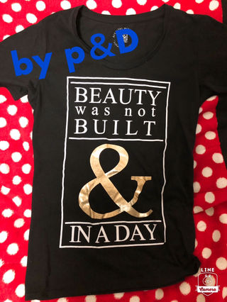 by p&D Tシャツ