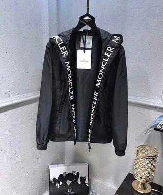 モンクレール秋の人気新作 素敵なジャケット
