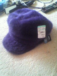 新品元値1980円冬にあったかベレー帽つば付き帽子