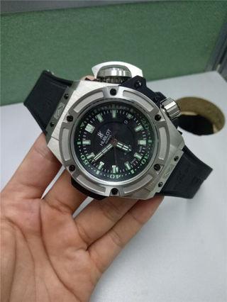 ウブロビックバン腕時計 人気商品