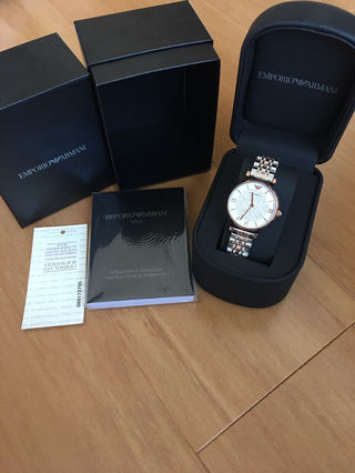 アルマーニ 腕時計 レディース