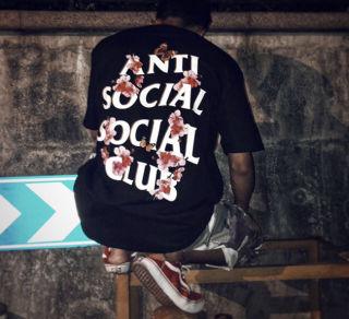 アンチTシャツ