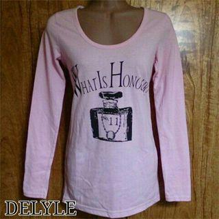 DELYLE*香水柄ロングTシャツ