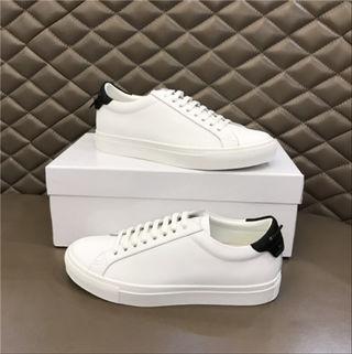 ジバンシィ国内発送スニーカー紳士靴ローファー