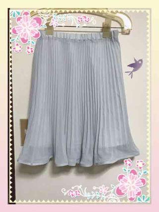 ルゥデルゥの新品スカート!半額以下です