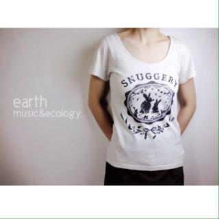 earthシンプルTシャツ
