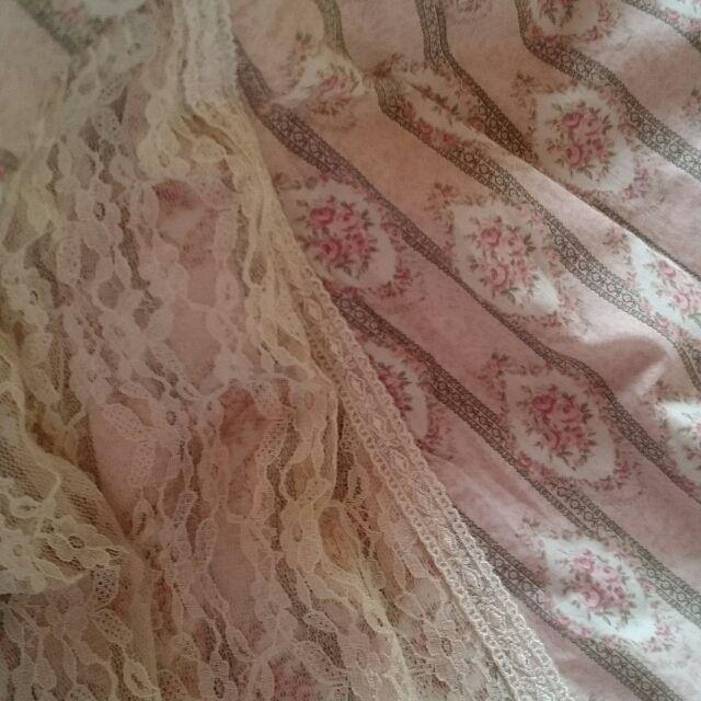 美品!べべローズ花柄×レースフリフリワンピース