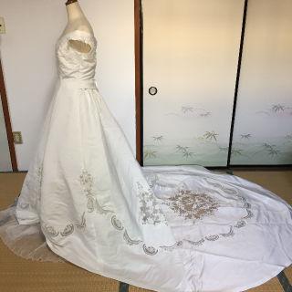 美透かしレースウェディングドレス