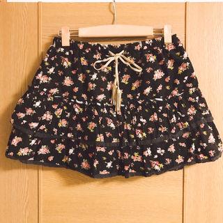 コルザ(ハニーズ)茶色の花柄ダブルフリルスカート