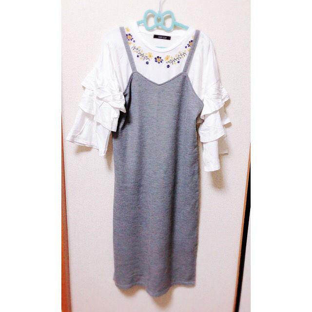 刺繍 袖フリル カットソー