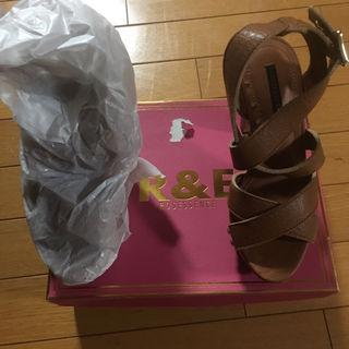 R&E サンダル