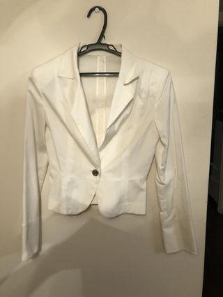 新品未使用白スーツセット