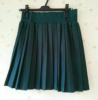 ナイスクラップグリーンプリーツスカート