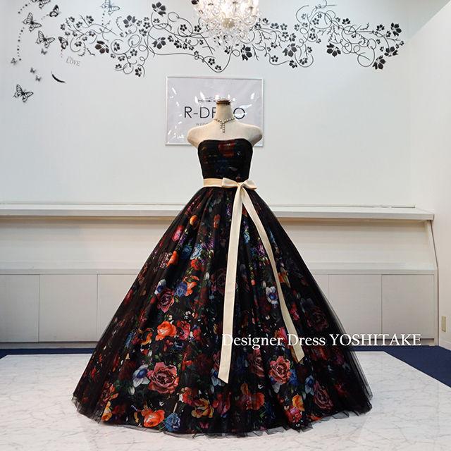 ウエディングドレス(パニエつき) 黒花柄&黒チュールドレス