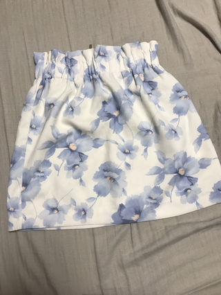 rienda系花柄スカート