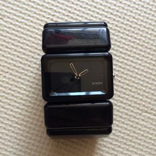 ニクソン時計