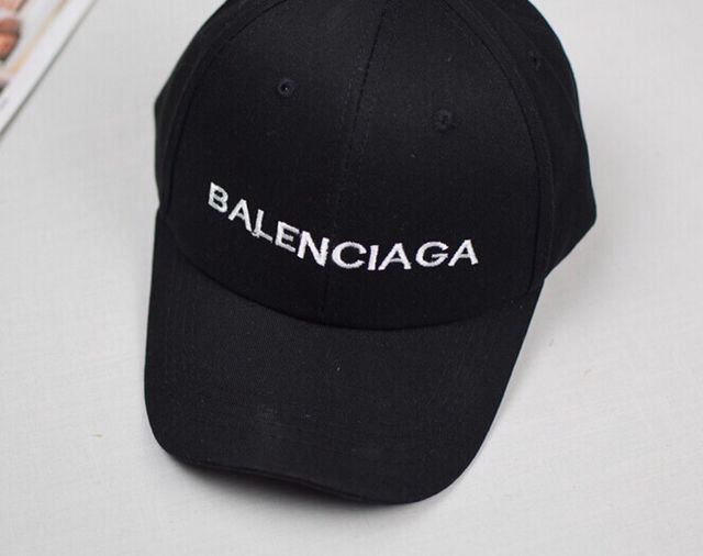 2つで3600円 国内発送  帽子  キャップ
