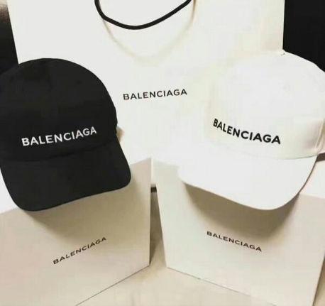 2つで3600円 国内発送  帽子  キャップ(balenciaga(バレンシアガ) ) - フリマアプリ&サイトShoppies[ショッピーズ]
