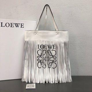 最高品質超人気新品 LOEWEハンドバッグ 国内発送
