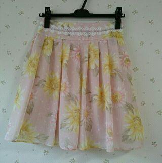 ロディスポット花柄シフォンスカート
