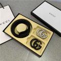 44135値段下げ Gucci バックルx2 ベルト
