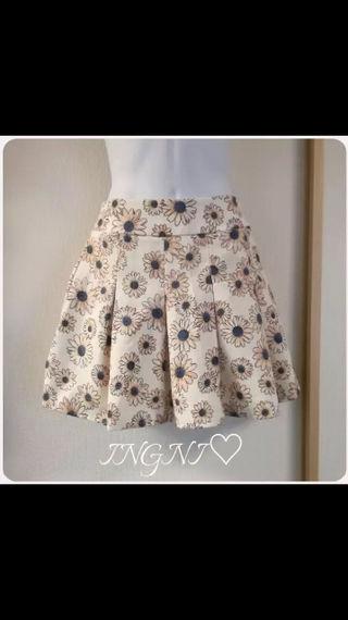 ingni/花柄スカート