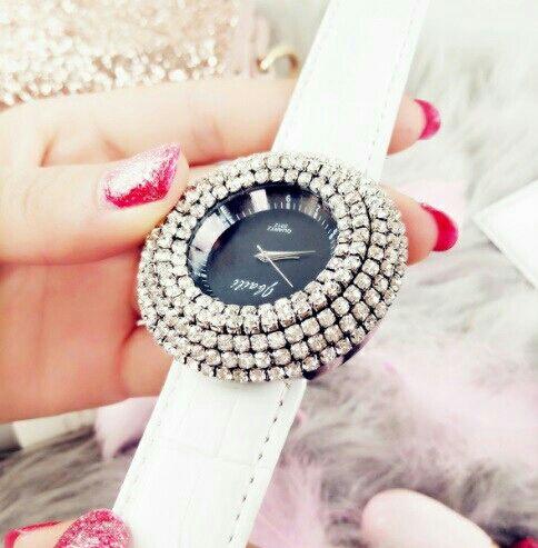 ビッグフェイス 腕時計 レディース ラインストーン 白